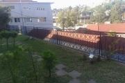 OFIM met en location appartement T3 meublé en centre ville à Mahamasina sécurisé 24h/24 - Vue sur la terasse