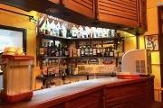 A vendre en exclusivité Restaurant  / bar avec posibilité Hotel de grande notoriété dans le beau quartier pittoresque  à Isoraka