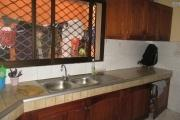 Un appartement T4 à usage mixte Ampasamadinika
