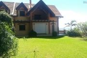 OFIM vous offre en location un appartement de Type T5 très spacieux de 250m2 de surface habitable avec jardin sur la Haute ville de Tanà qui est juste en moins de 20min du centre ville ou à 5min du