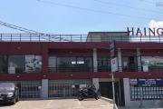 A louer un grand local lumineux avec vitrines sur la route d'Ambohibao Ivato