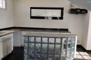 OFIM offre en location un appartement T3 à Alarobia au bord de route en duplex au 4em étage avec une terrasse - cuisine