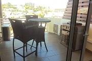 A vendre appartement neuf ultra comptemporain avec un spa , salle de sport / fitness ,  piscine chauffée et couverte ...