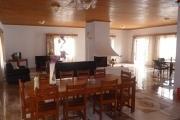 A louer villa à étage meublée de type F5 située à Talatamaty dans une résidence, à proximité de toutes les commodités et le centre commercial SHOPRITE