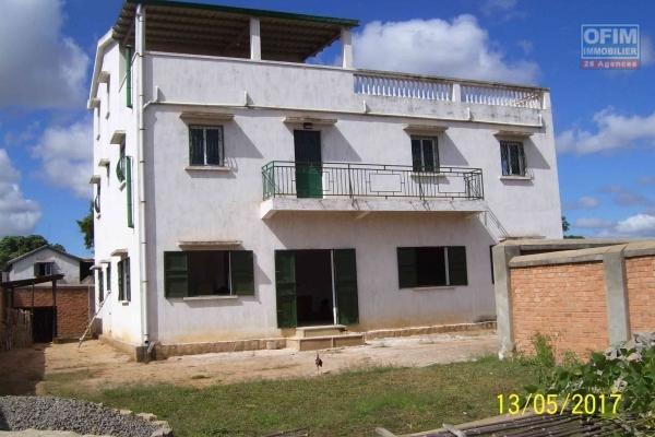 OFIM met en vente une villa F3 + 1 studio dans une résidence sécurisée à Ambatobe- Antananarivo