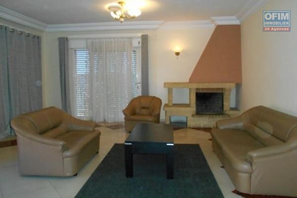 A louer un appartement T4 meublé et équipé à Ivandry Antananarivo