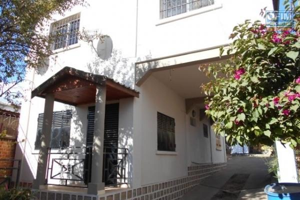 A louer une maison de type F3 à Tanjombato Antananarivo
