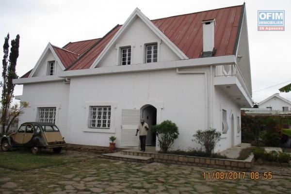 OFIM met en location une villa F5 à Andononobe Analamahitsy