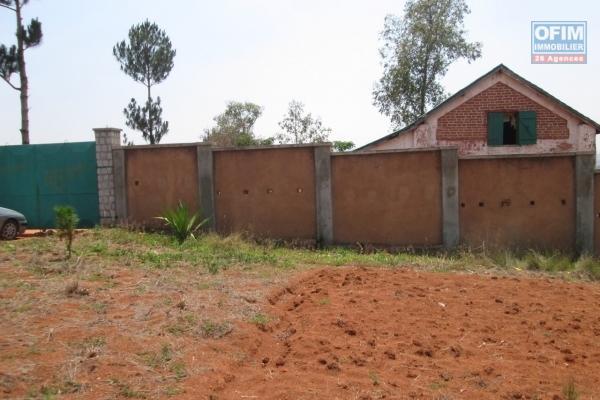 Beau terrain prêt à bâtir, Ambohitrarahaba