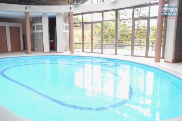 A louer un appartement T2 meublé et équipé dans un immeuble neuf à Ivandry Antananarivo