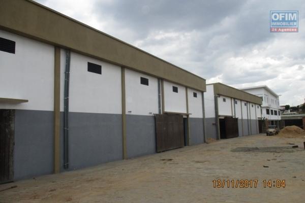 OFIM offre en location des  entrepôts neufs  sur By pass Ambohimangakely