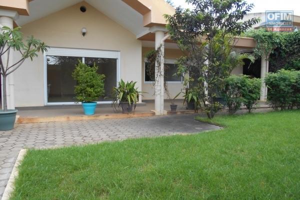 Une villa de type F4 à Androhibe