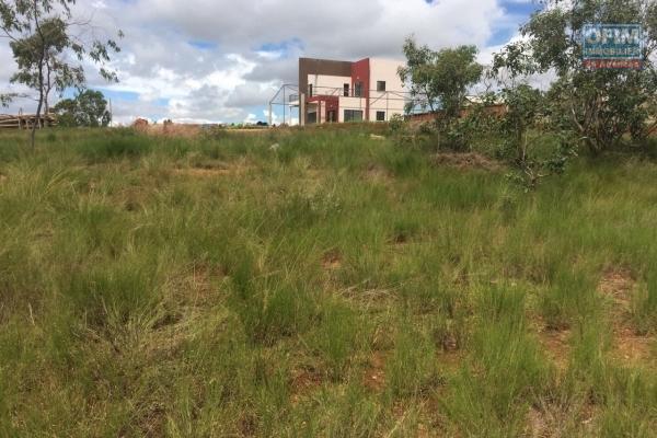 A vendre terrain de 459 m2 à Ambohitrarahaba
