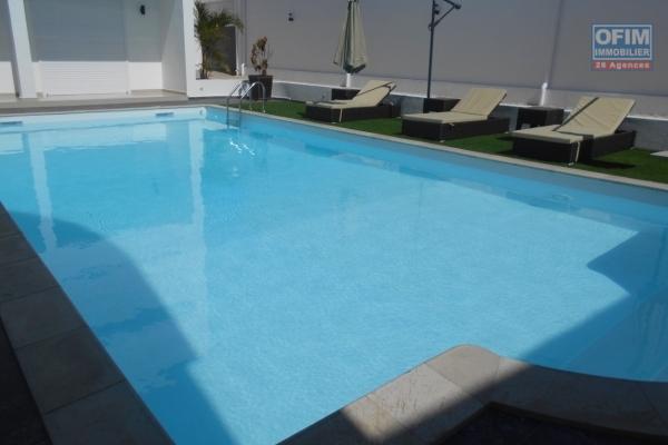 A louer une villa F6 avec piscine dans une résidence à Soavina Antananarivo