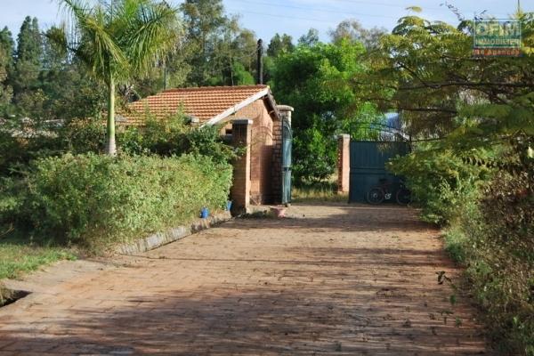 Beau terrain de 850 m2 à 10 min du lycée français Ambatobe