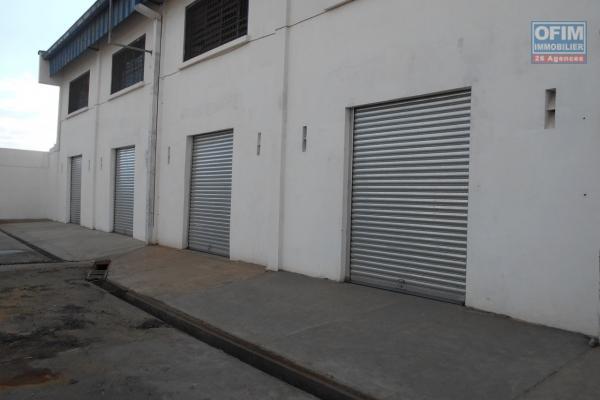 Un entrepôt de 714m2 à Tanjombato