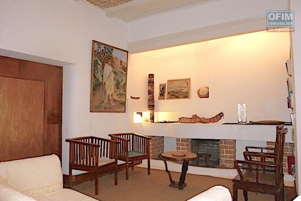A louer une villa de type F3 meublée et équipée à Ambohijatovo Ambony Antananarivo