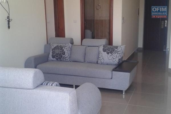 Bel appartement T2 dans une résidence avec piscine à Analamahitsy Farango