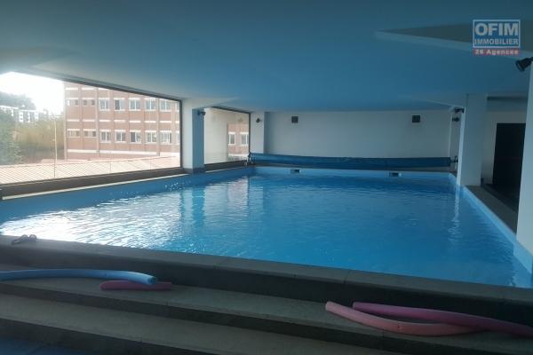 OFIM propose en location un appartement T4 de standing avec piscine chauffée à Ivandry