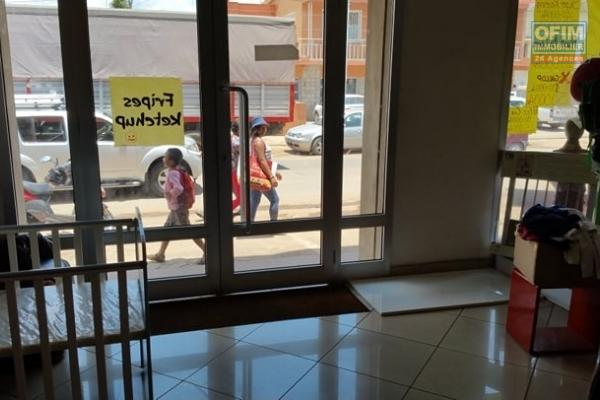 A louer un local commercial de 40m2 à Ambodivona Antananarivo