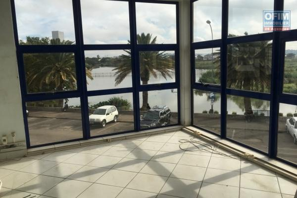 A louer des locaux à partir de 75m2 jusqu'à 1000m2 à Antanimena Antananarivo