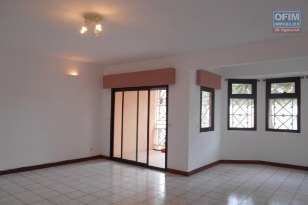 Appartement T4 près du Lycée Français Ambatobe