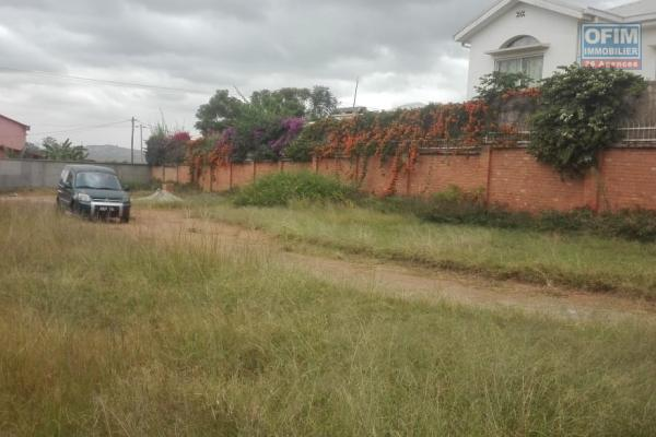 vente d' un terrain  de 8ha ambohimanga rova