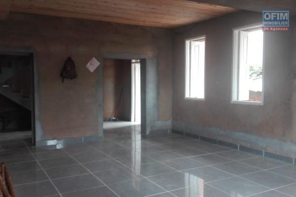 Grande villa F8 sur deux étage à Sabotsy Namehana Tsarafara