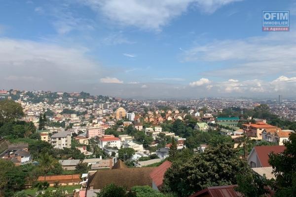 A louer un appartement T3 à Antsahavola Antananarivo