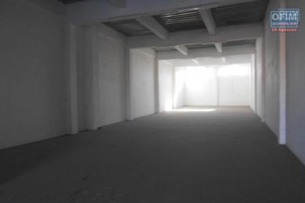 OFIM met en location 6 hangars de 350m2 et 450m2 à usage de  stockage ou industriel à Antanandrano
