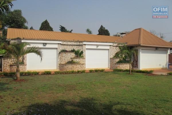 A louer une villa F4 neuve meublée et équipée à Ambohitrarahaba Antananarivo