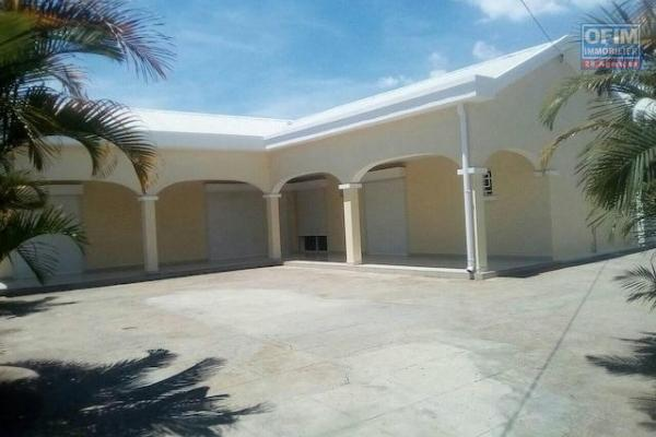 A louer une coquette villa basse F5 dans un endroit calme et sécurisé à Ivato