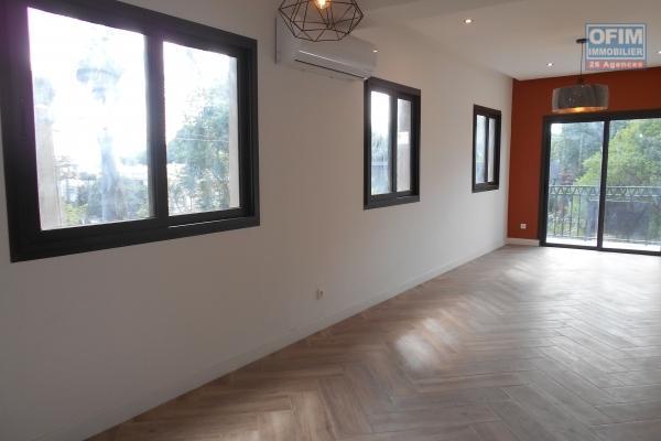 Appartement T3 neuf avec piscine à Ivandry