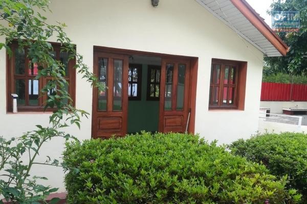 OFIM offre en location une villa de standing F7 avec piscine à Androhibe