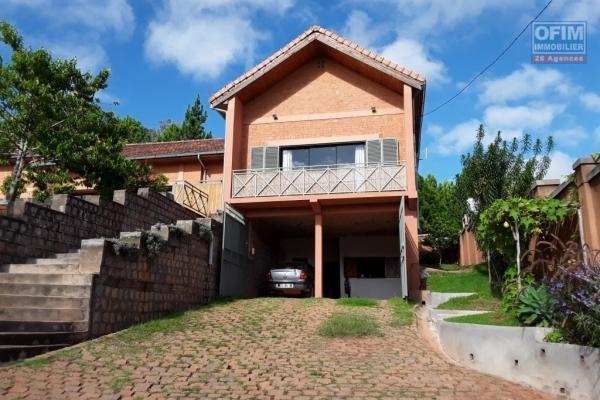 A vendre villa F7 à Andoharanofotsy belambana