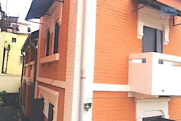A vendre villa neuve F5 à Ivandry Mahatony
