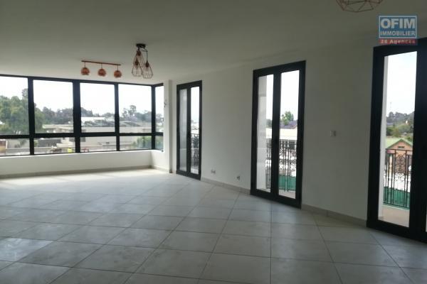 Un appartement neuf T4 à Ivandry