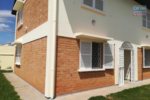 Une villa F4 semi meublée dans une zone sécurisée à Tanjombato