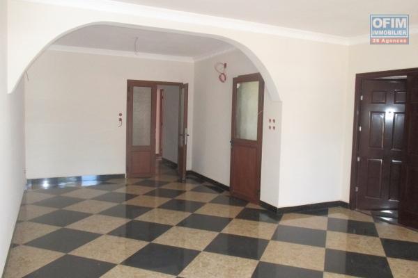 Des appartements T3 neufs à Mahamasina
