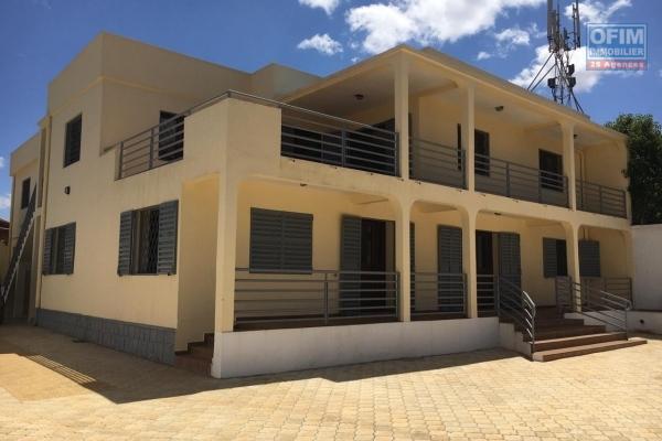 OFIM met en location deux appartements T4 à Ivandry au R+1 tout près de l'école D
