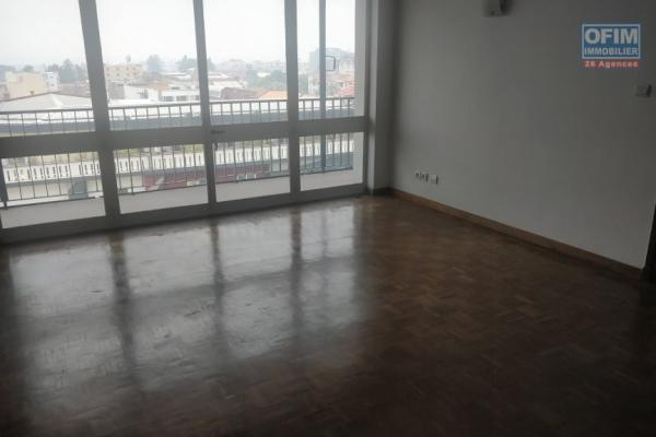 VENTE APPARTEMENT T4 sur ANALAKELY
