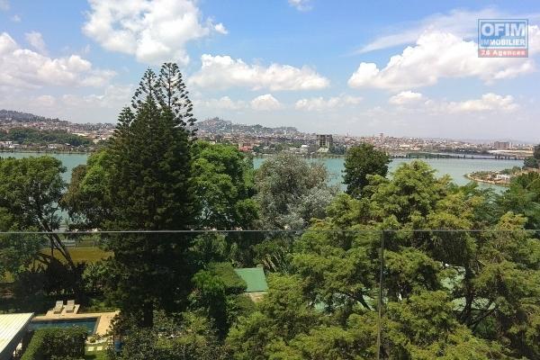 OFIM offre à la location un appartement neuf T3 dans une résidence avec vue piscine et   sécurisée à Ivandry