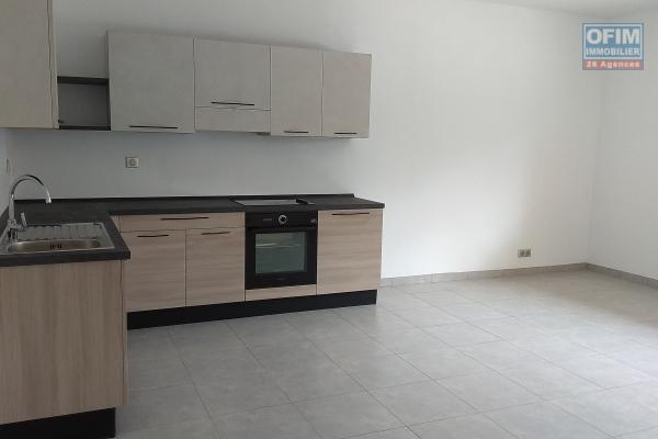 Location appartement T3 neuf dans une résidence sécurisée proche du commerces et du lycée Français à Ambatobe