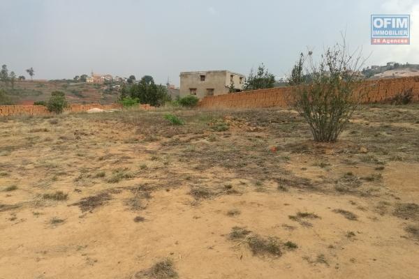 terrain prêt à bâtir de 4.340 m2 - morcelable - à manazary ilafy