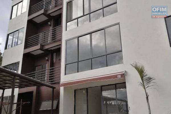 A louer des appartements T4 dans une résidence sécurisée à IMERINAFOVOANY