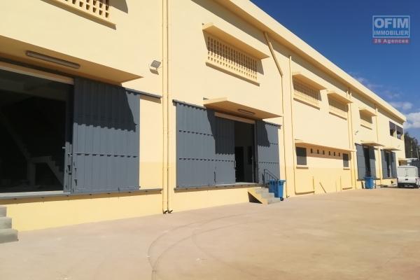 Des entrepôts neufs de 600m2 à Mandrosoa Ivato