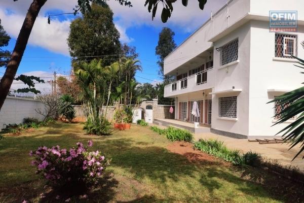 OFIM Immobilier offre en location une Villa à étage F6 à Ivandry