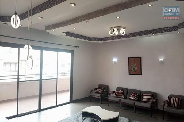 OFIM immobilier offre en location deux appartements T4 disponibles de suite à 2min de La City Ivandry