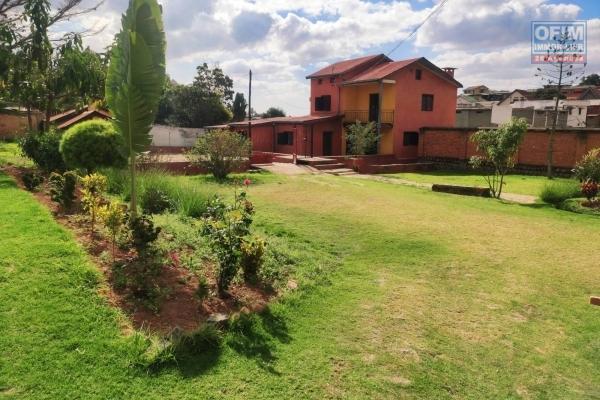 OFIM offre en location une maison F5 sur Analamahitsy avec dépendance gardien idéale pour habitation ou activités professionnelles