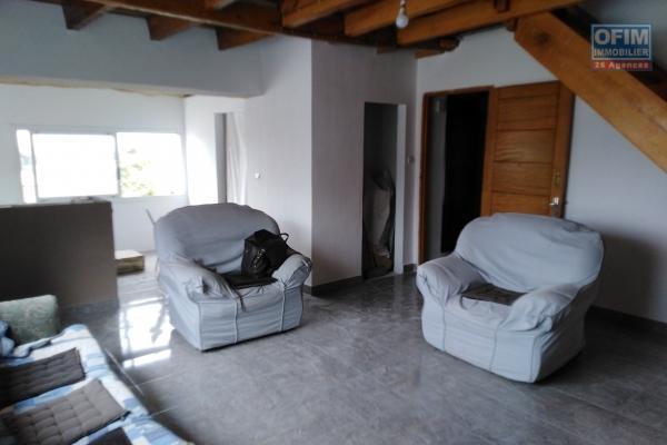 Un appartement T2 semi meublé à Mahamasina
